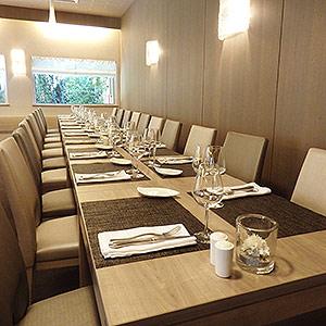 Table banquet restaurant la forêt